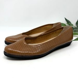 Salvatore Ferragamo Camel Brown Leather Flats 8